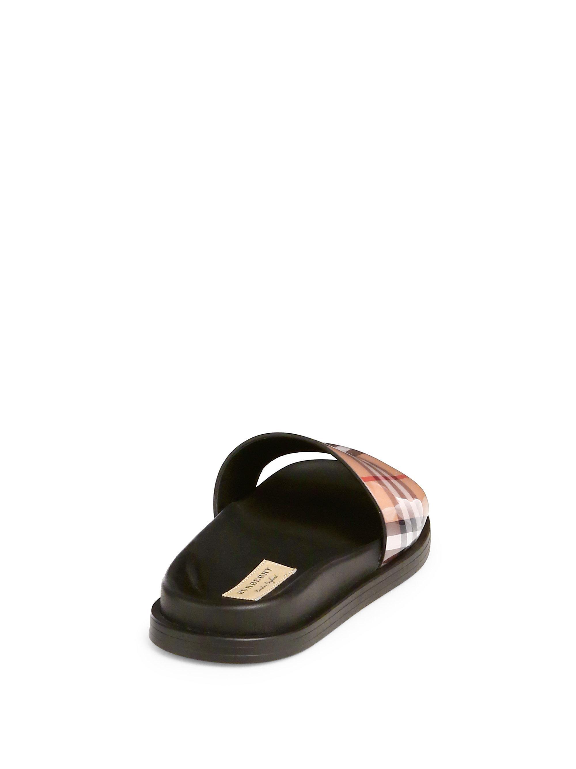 04185bc070 Women's Black Checked Slides