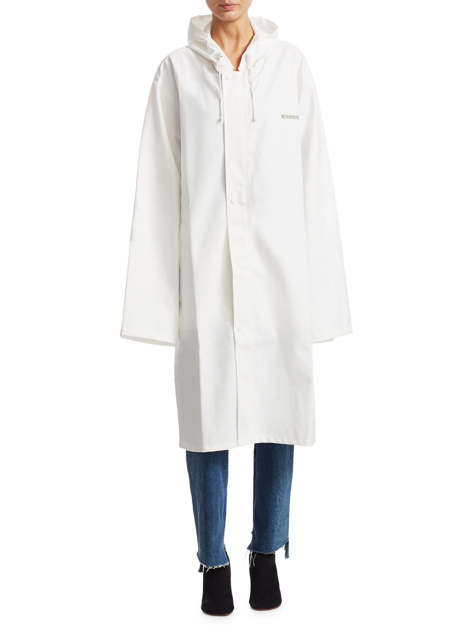 Lyst Vetements Hooded Logo Raincoat In White