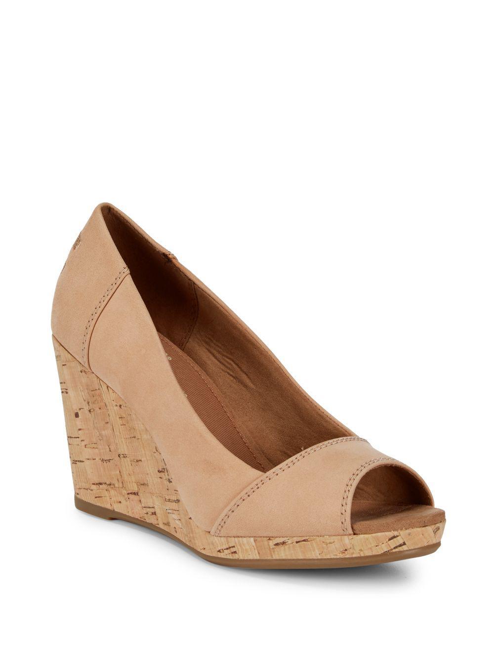 TOMS Stella Suede Wedge Sandal MI1vd8