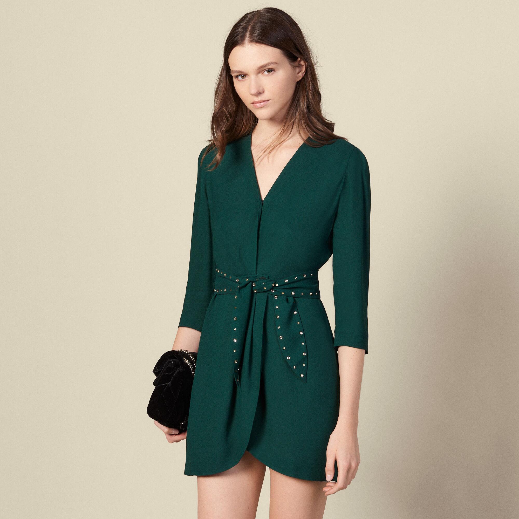 Robe épaulée avec ceinture strassée Sandro en coloris Vert - Lyst