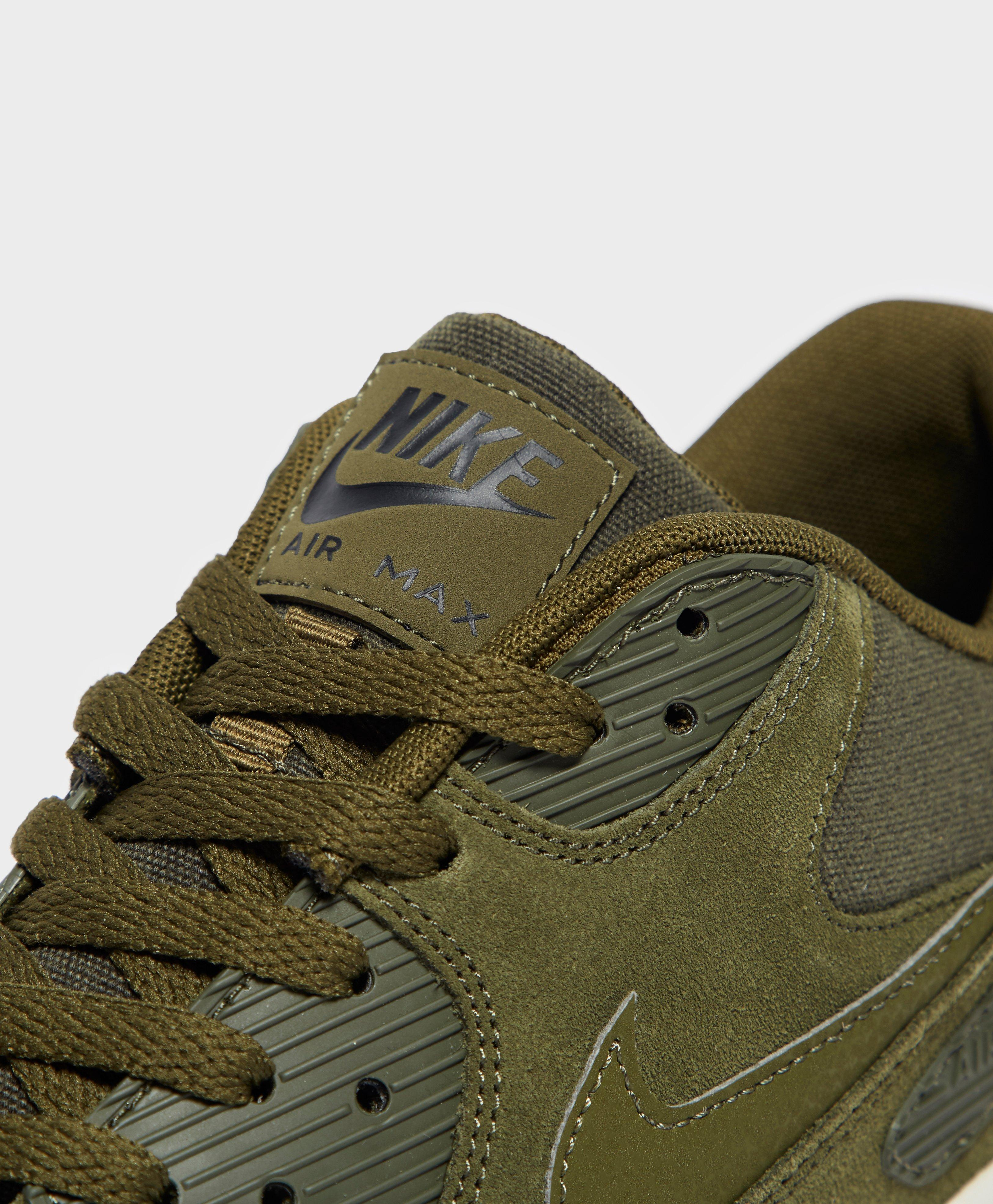 Nike Air Max 90 Ultra Suede in Green