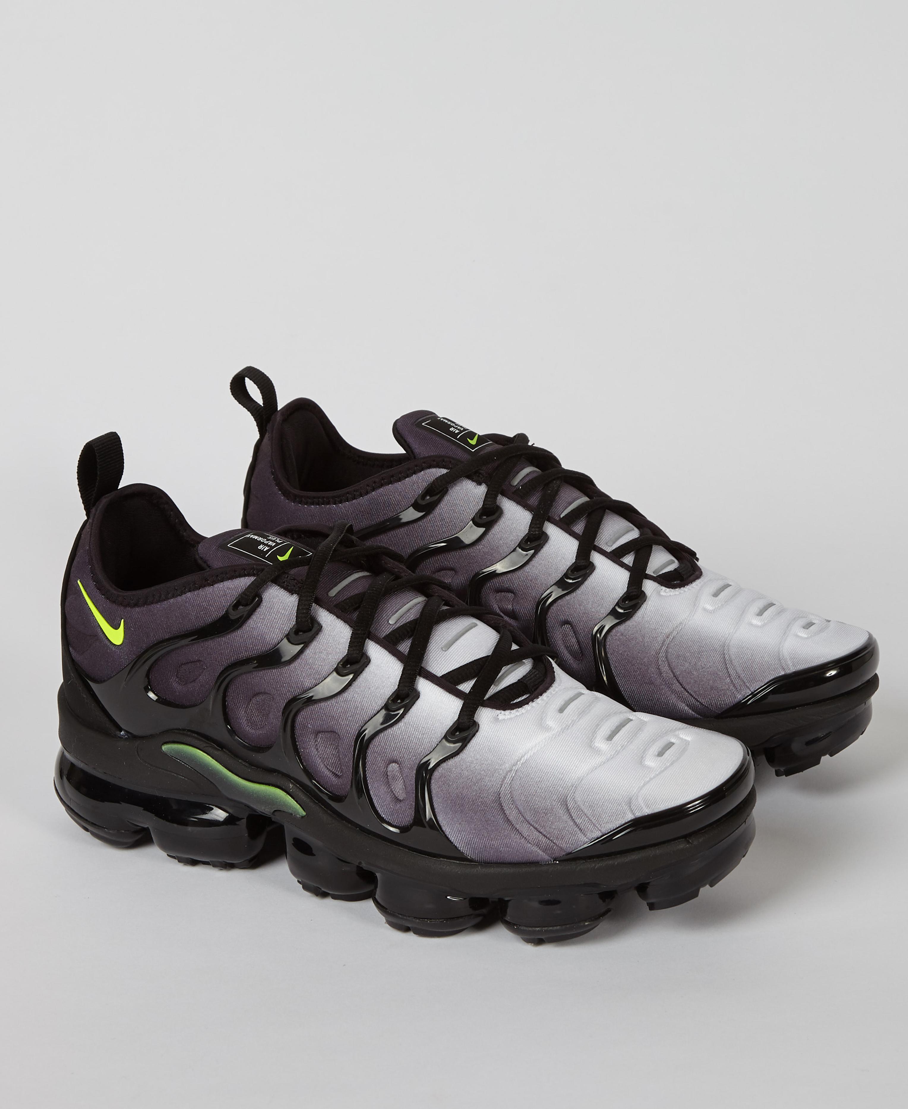 best sneakers 722d4 f9961 Nike Air Vapormax Plus in Black for Men - Lyst