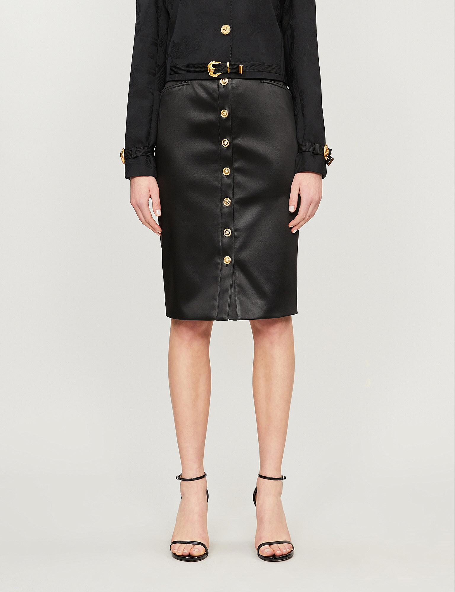 ff18958bcfc Lyst - Versace Button-front Fitted Crepe Skirt in Black