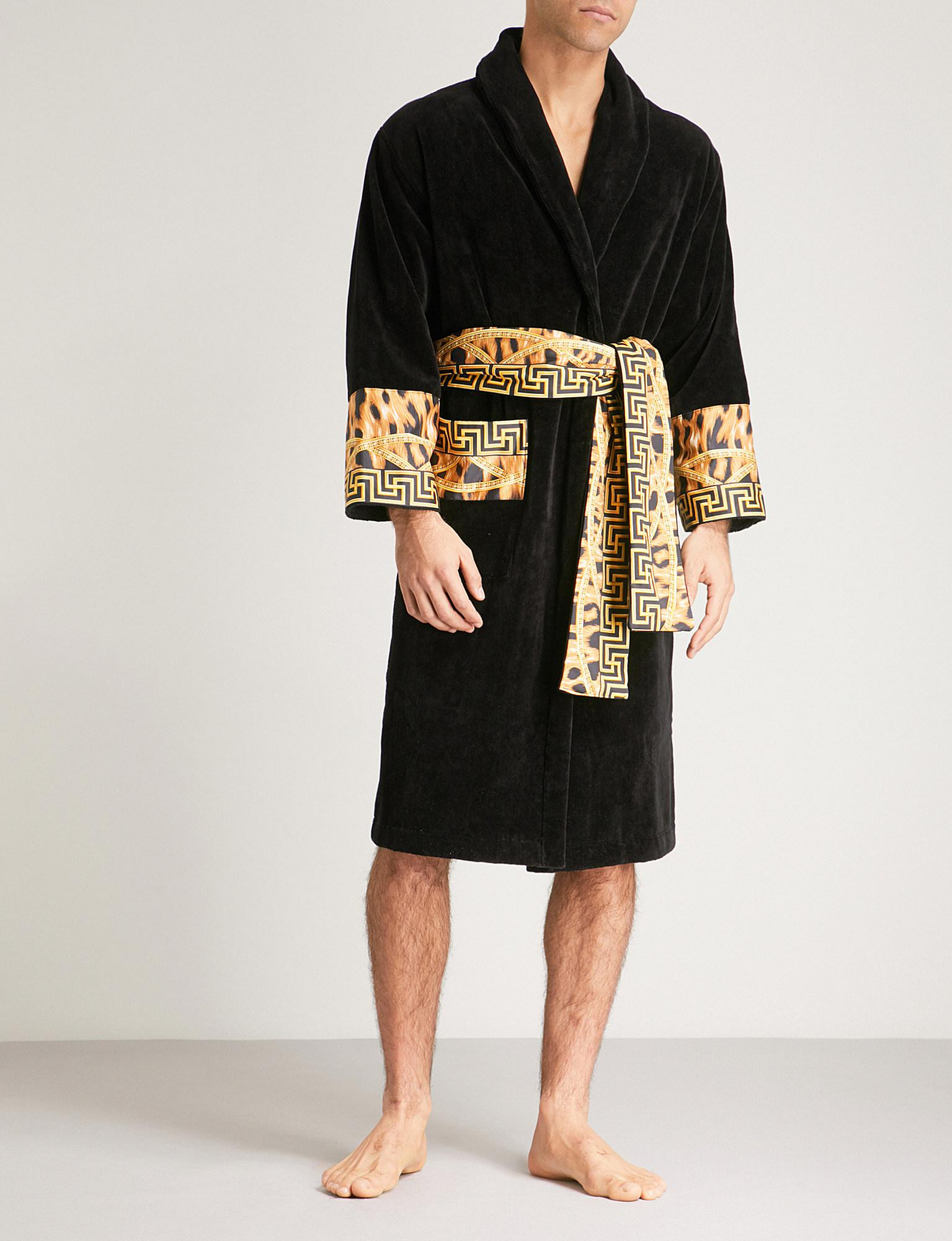 Lyst Versace Lamyland Printed Cotton Dressing Gown In Black For Men