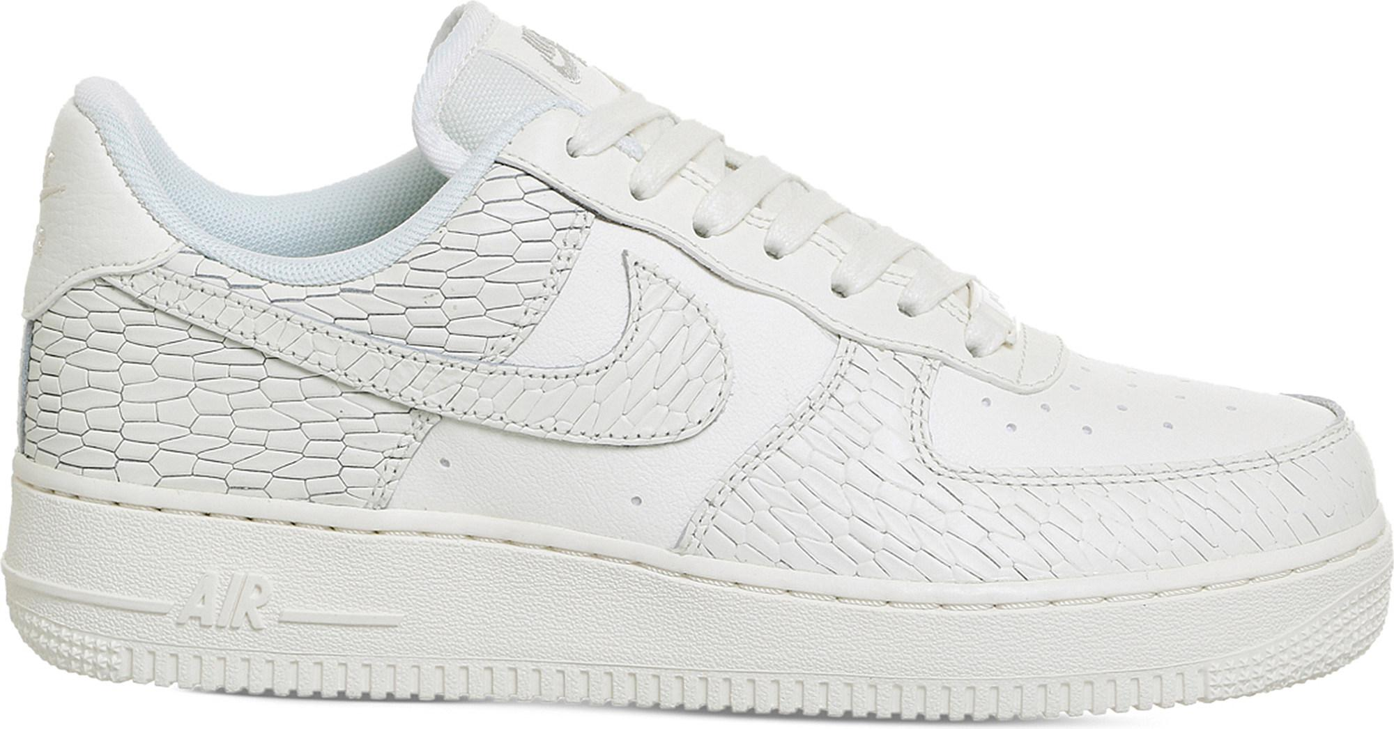 35b95c1310e Gallery. Previously sold at  Selfridges · Women s Nike Air Force ...