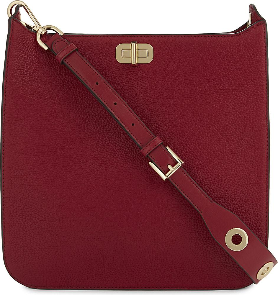 39700c55f5d696 Gallery. Previously sold at: Selfridges · Women's Leather Messenger Bags
