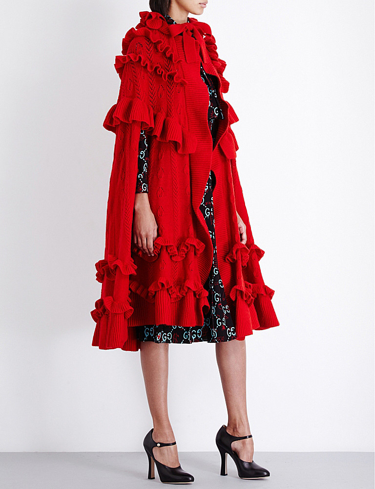 Gucci Ruffled Wool Cape in Red | Lyst