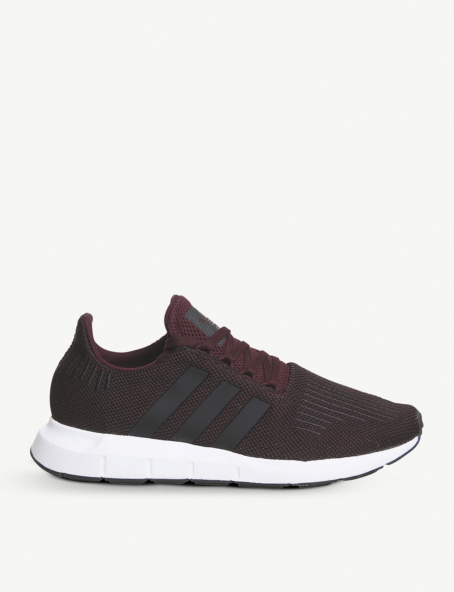 Swift Run Low top Knitted Trainers