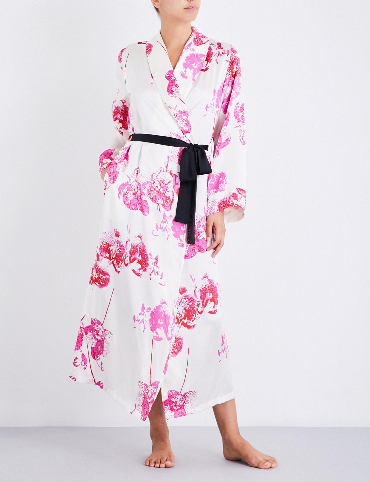 Lyst Yolke Orchid Silk Dressing Gown In Pink