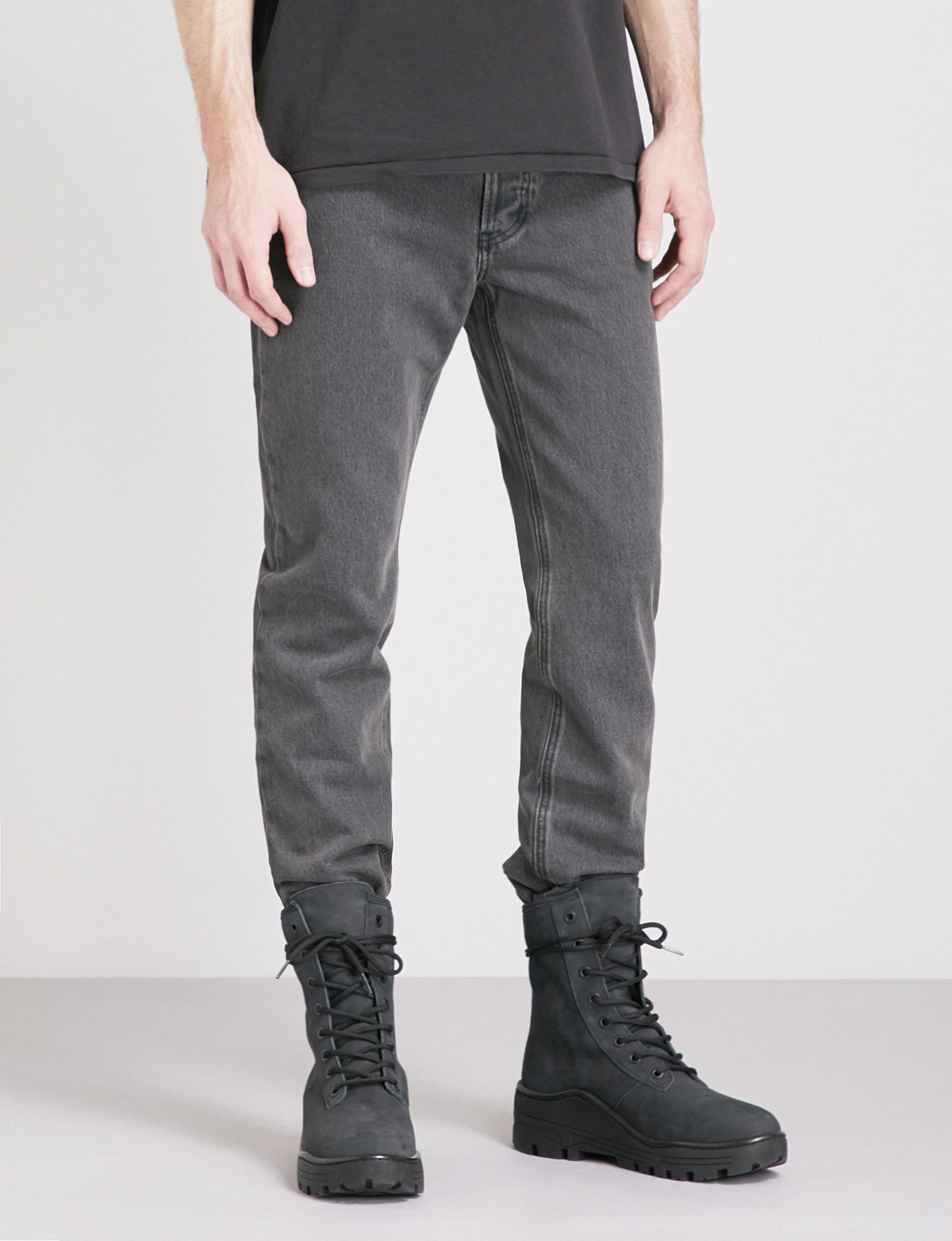Regular-fit Tapered Jeans