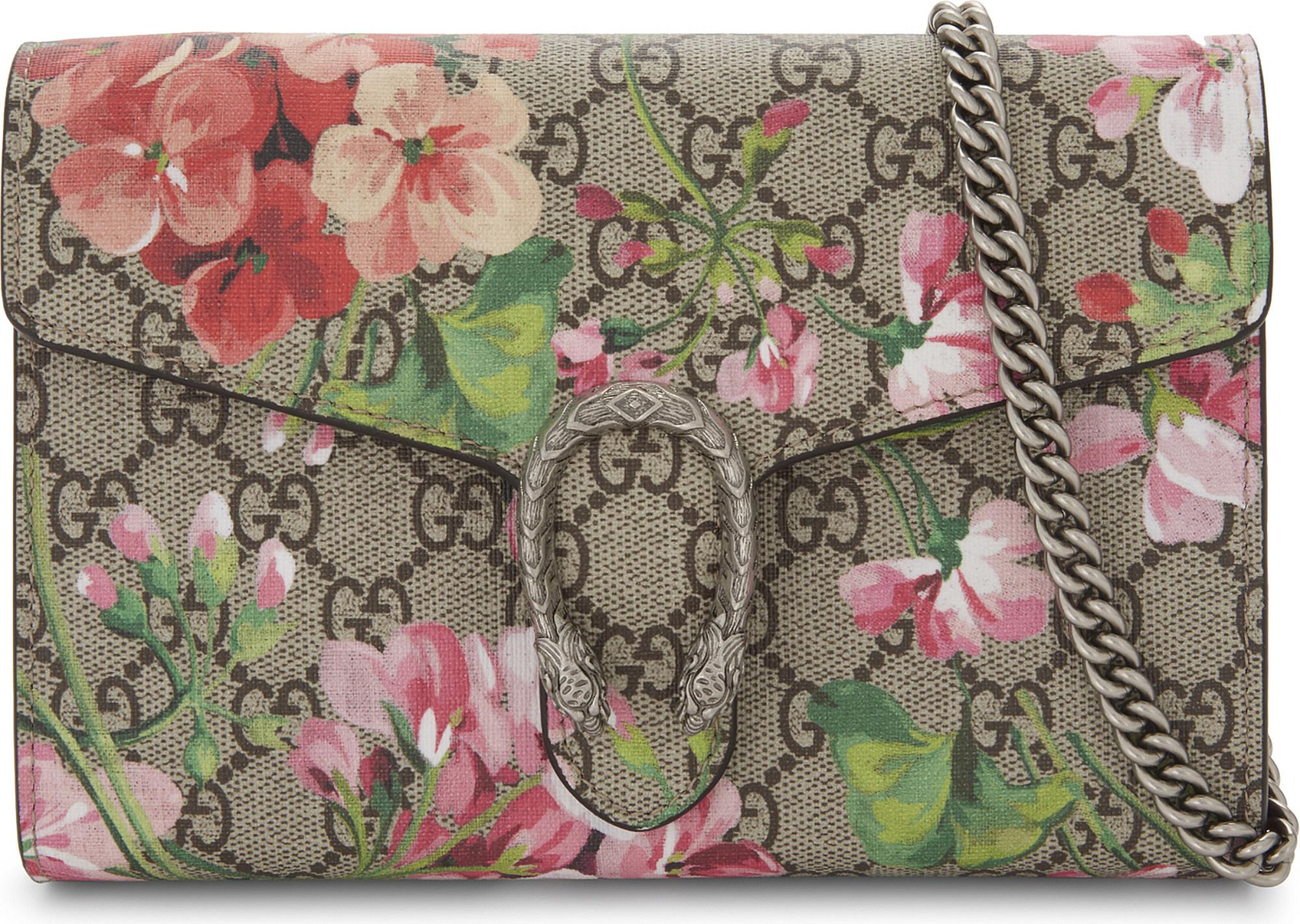 Gallery. Previously sold at  Selfridges · Women s Wallet On Chain ... a9583b2f66
