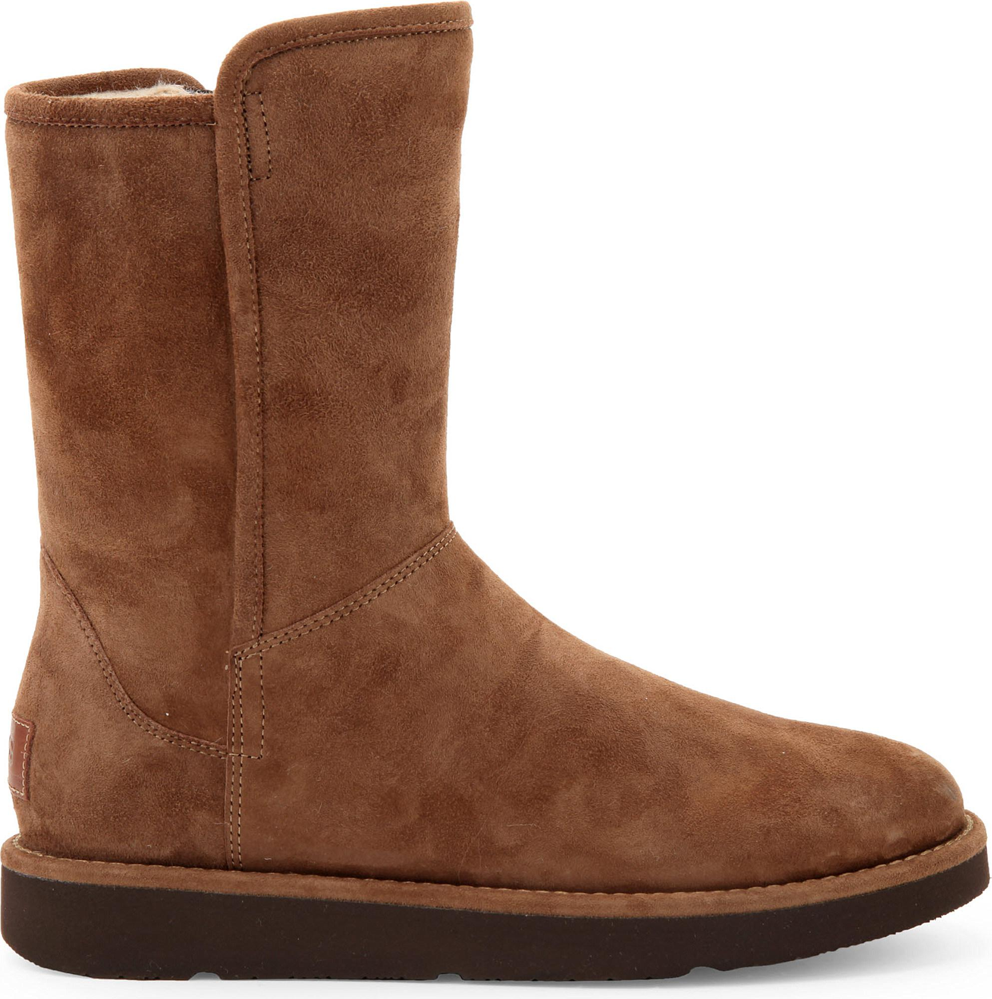 Ugg Australia Abree Short Ankle Boots Color: Brown