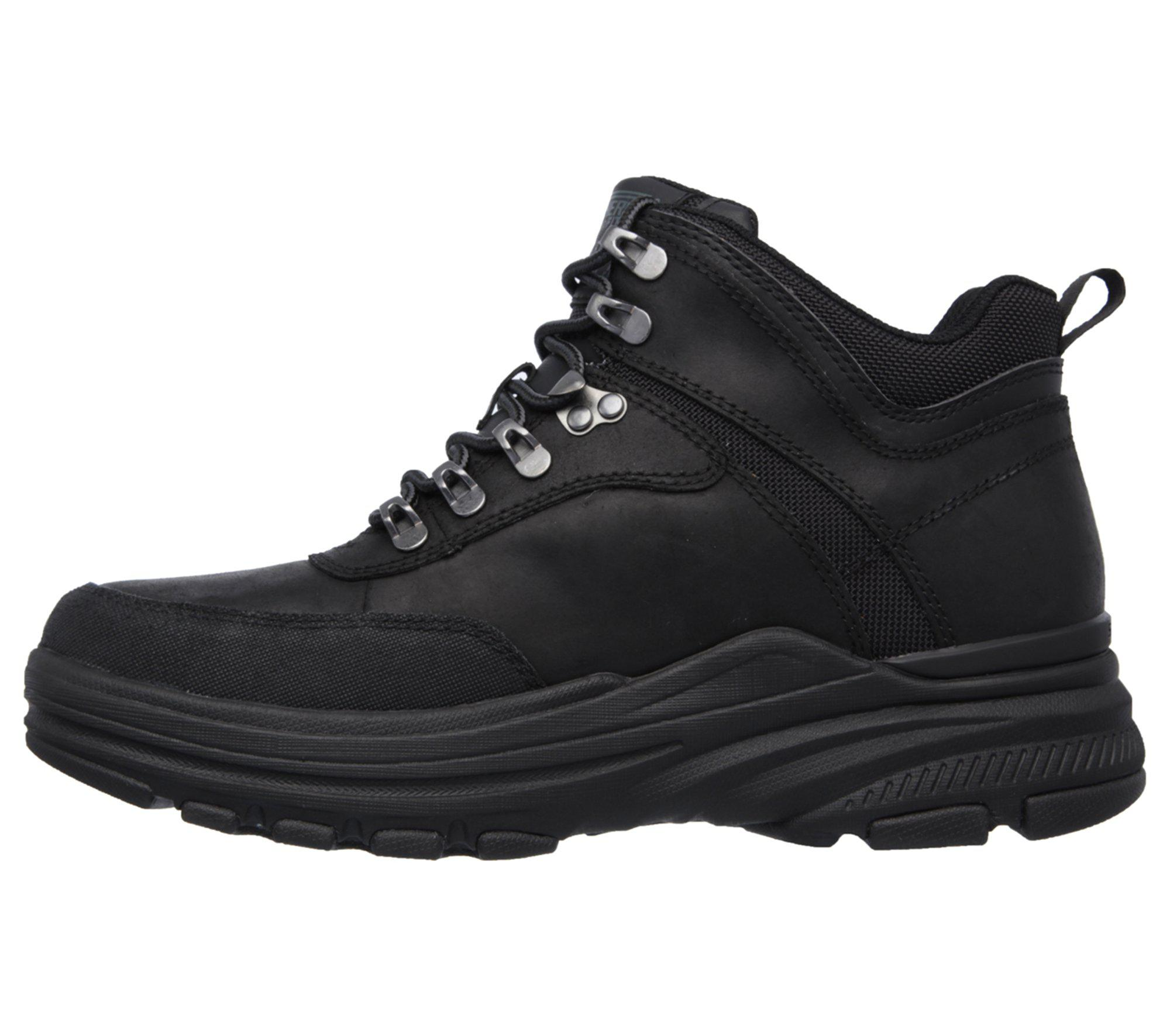 Skechers Leather Relaxed Fit Holdren