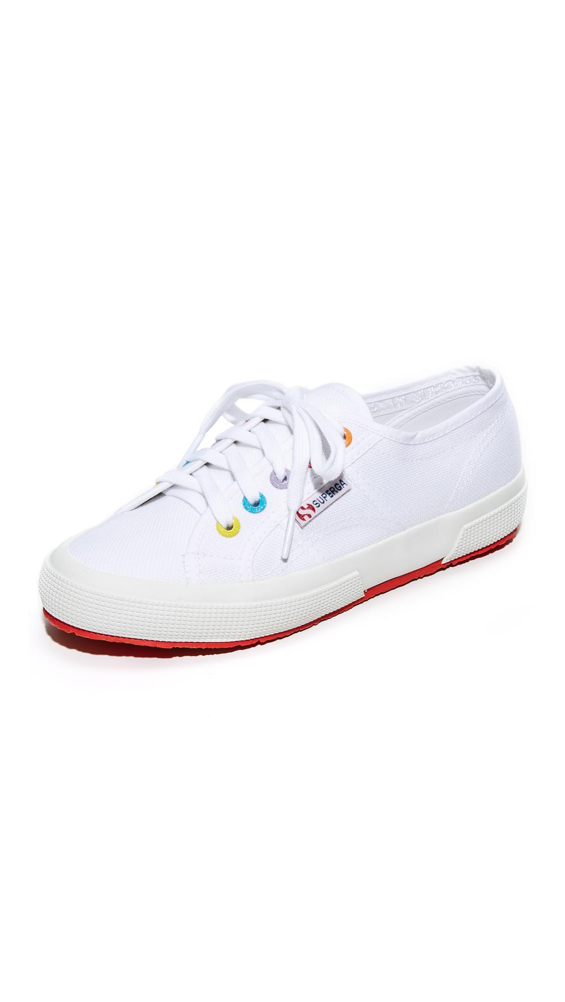 2750 Multi Eyelet Classic Sneakers