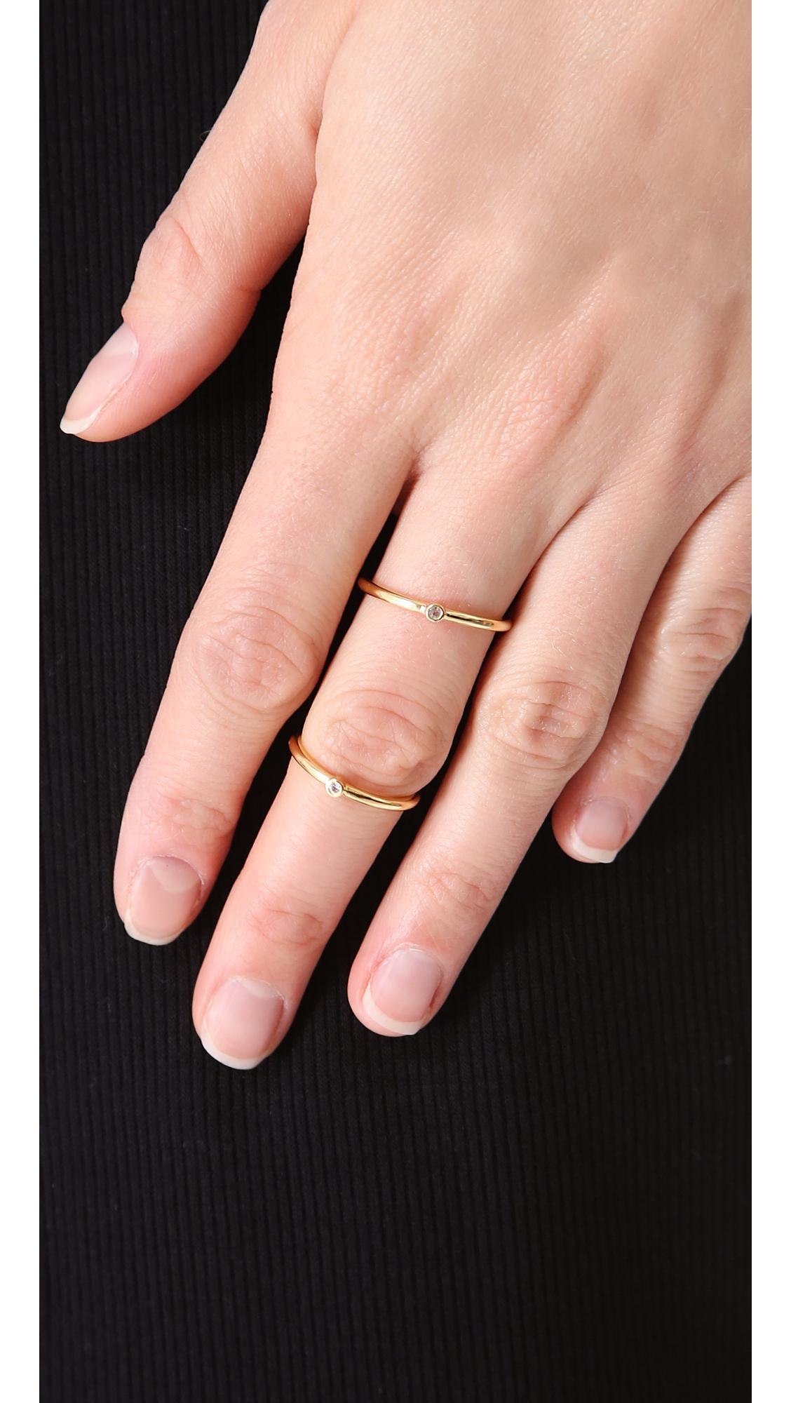 Elizabeth and James Miro Knuckle Ring in Gold (Metallic)