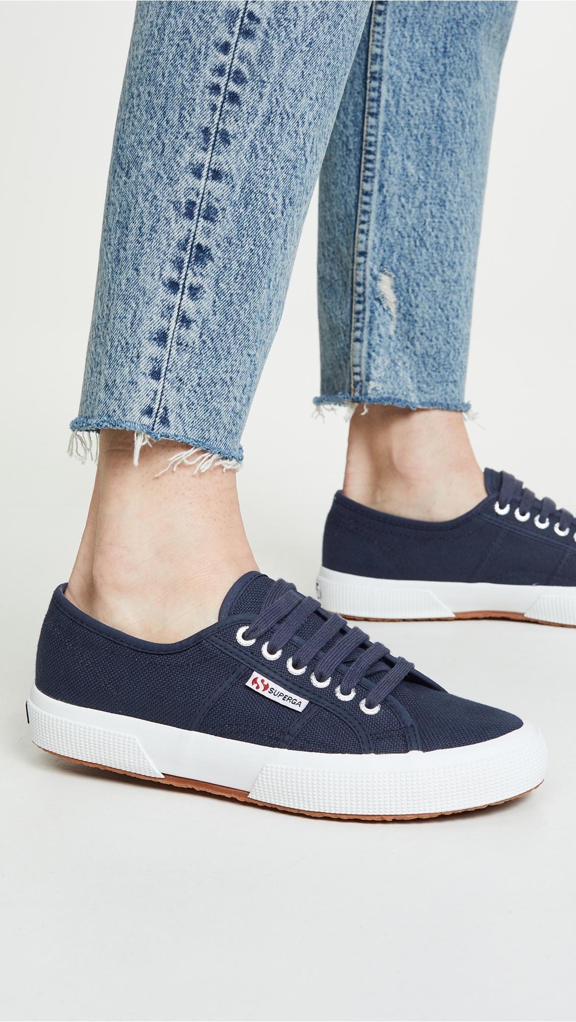 Cotu Classic Lace Up Sneakers in Navy