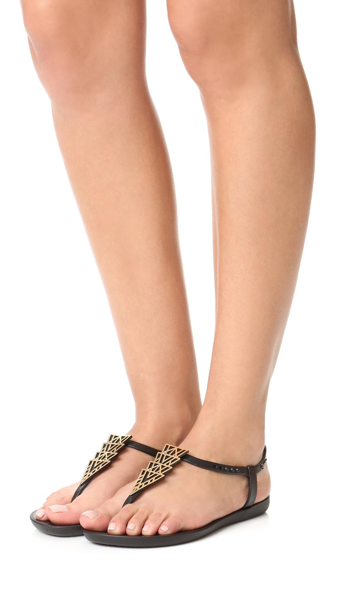 d70bedd543d3a Ipanema Deco Sandals in Black - Lyst