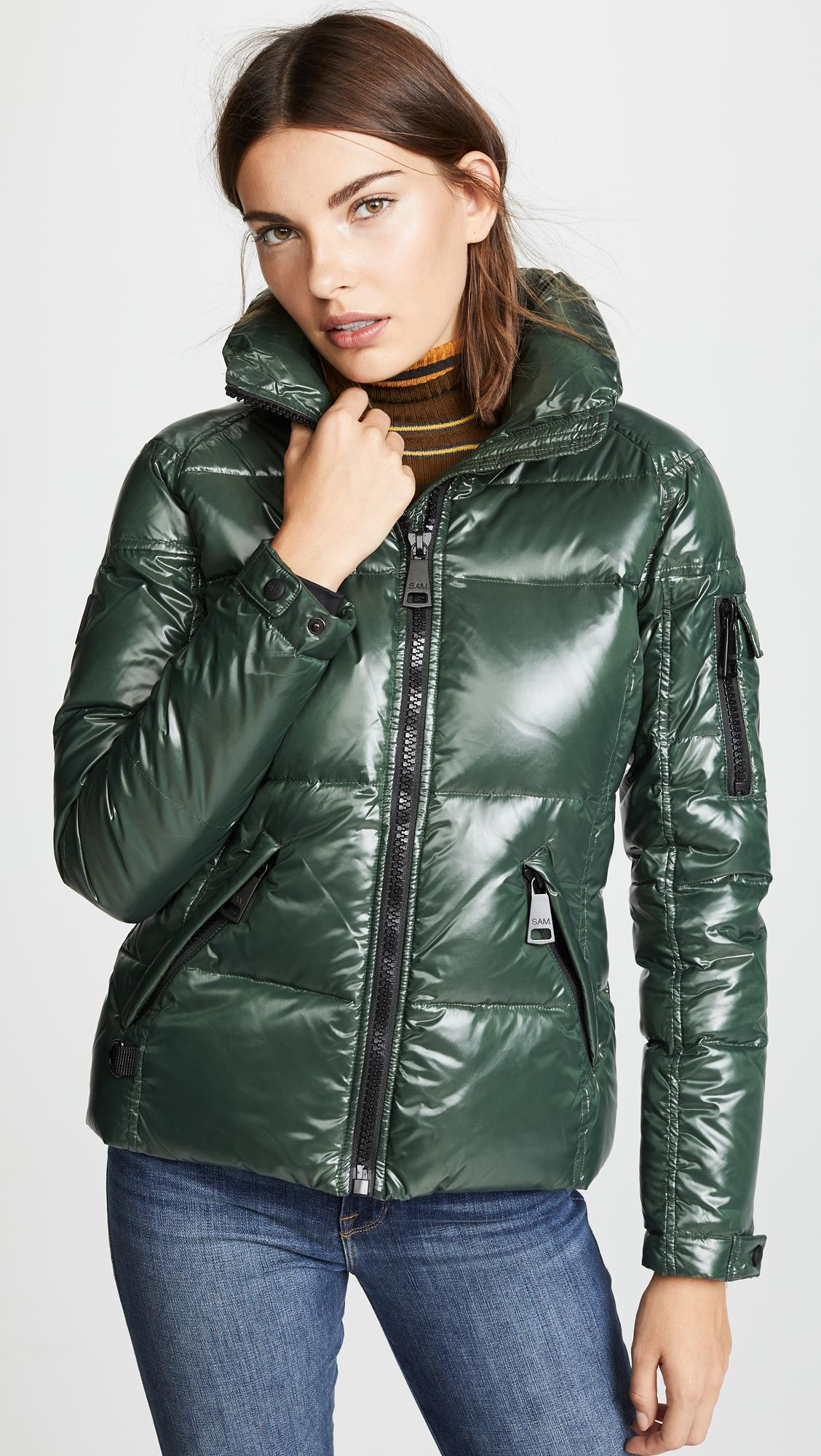 ef8d38610a3 Sam. Freestyle Short Down Jacket in Green - Lyst
