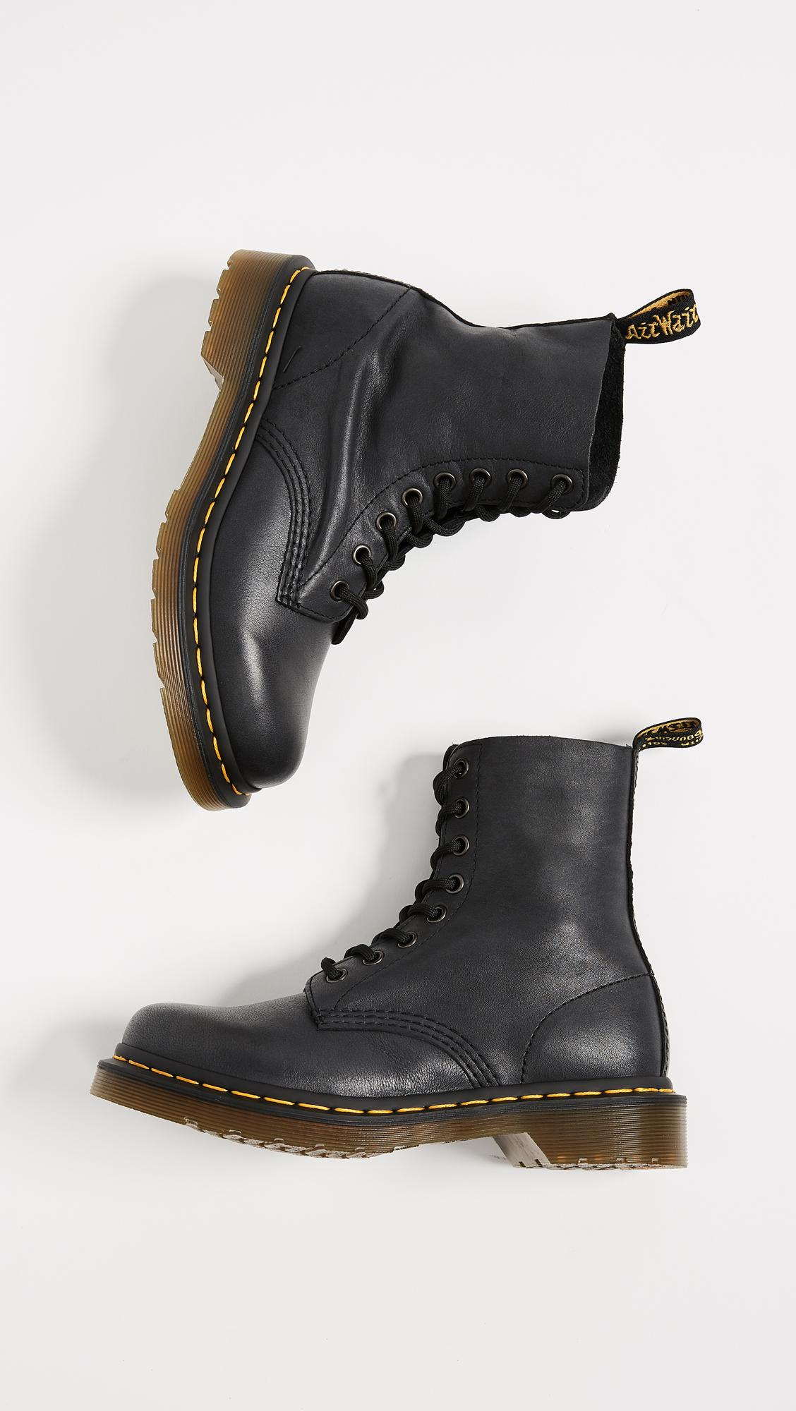 Dr. Martens Leather 1460 Pascal 8 Eye