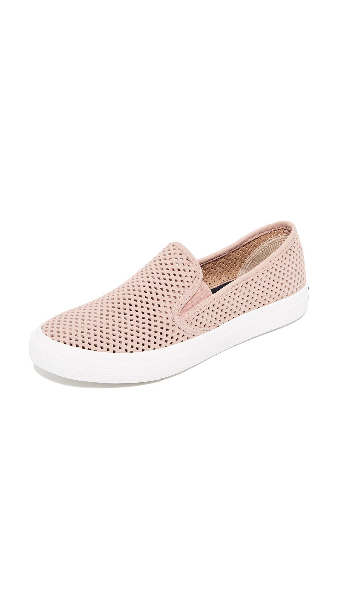 Seaside Suede Slip On Sneakers TTQDk