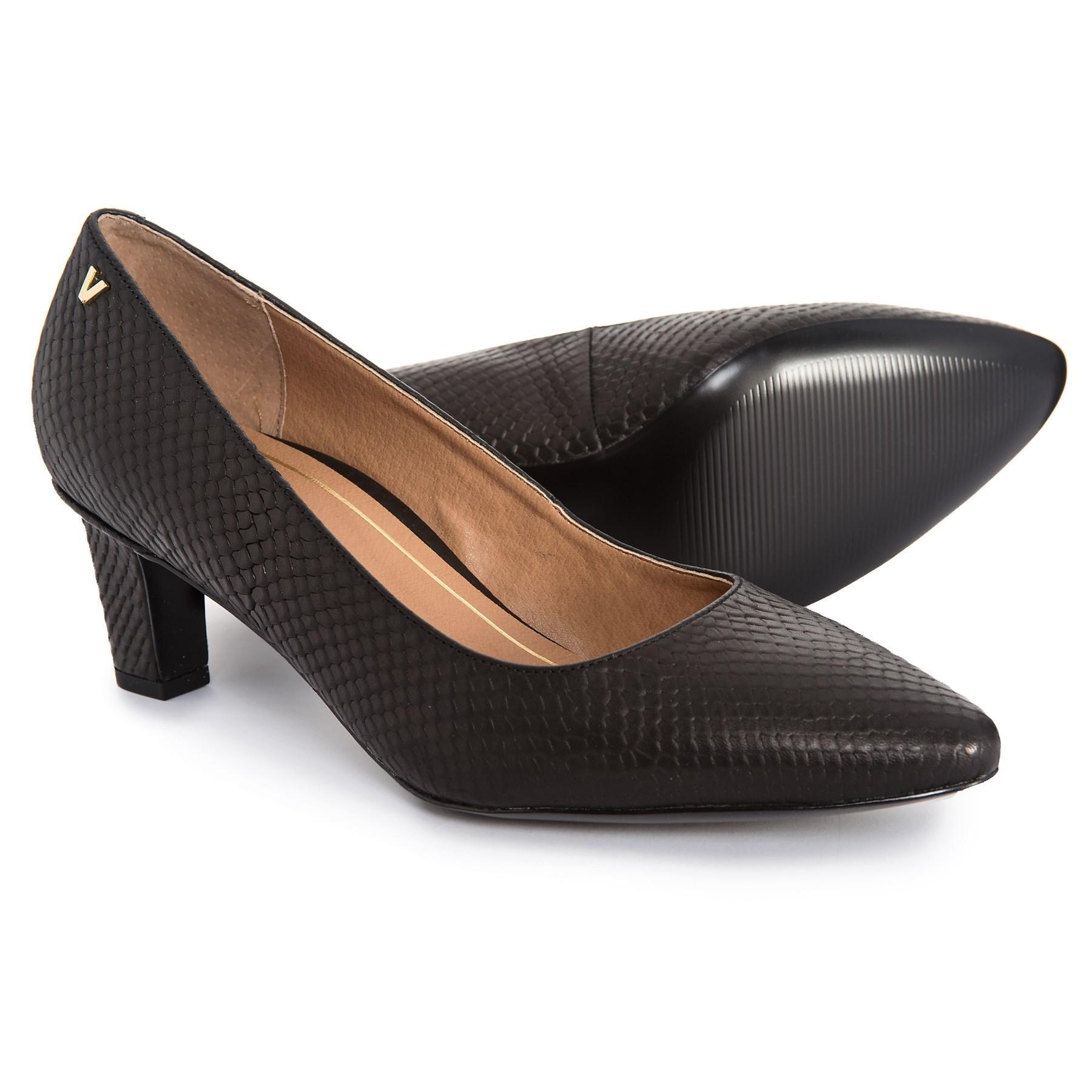 674032e0fc34 Lyst - Vionic Mia Block Heel Shoes in Black
