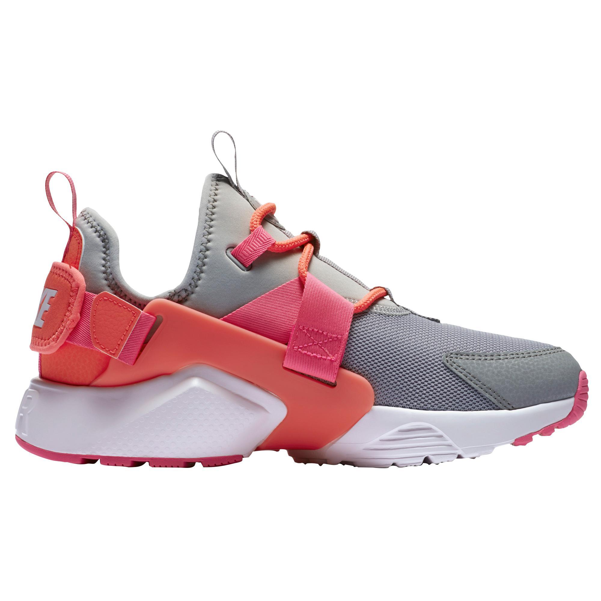 online store aaa15 85f7e Nike. Women s Air Huarache City Low