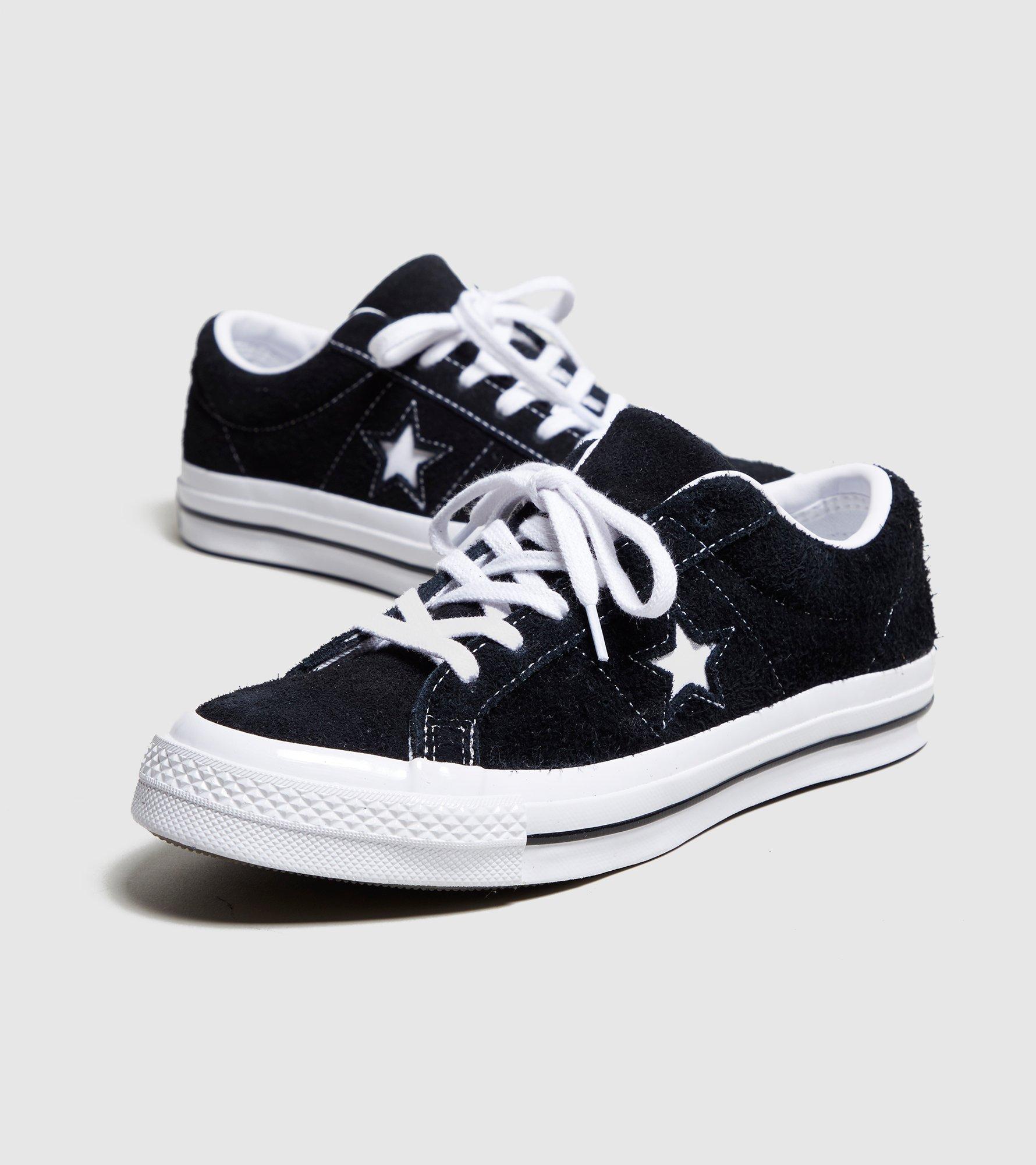 811406fecee4 Converse One Star Ox Women s in Black - Lyst