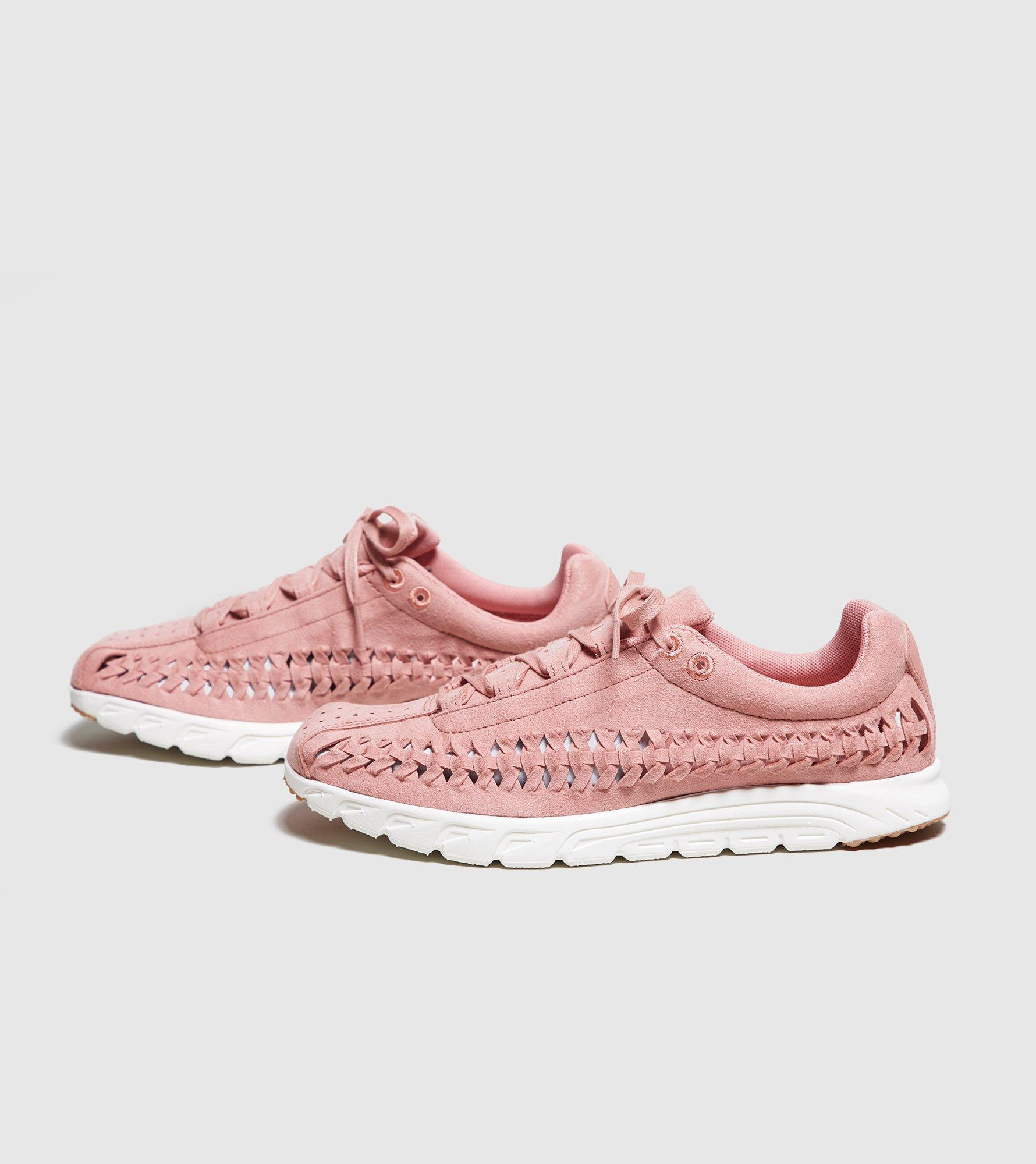 c41bce859282a Lyst - Nike Mayfly Woven in Pink
