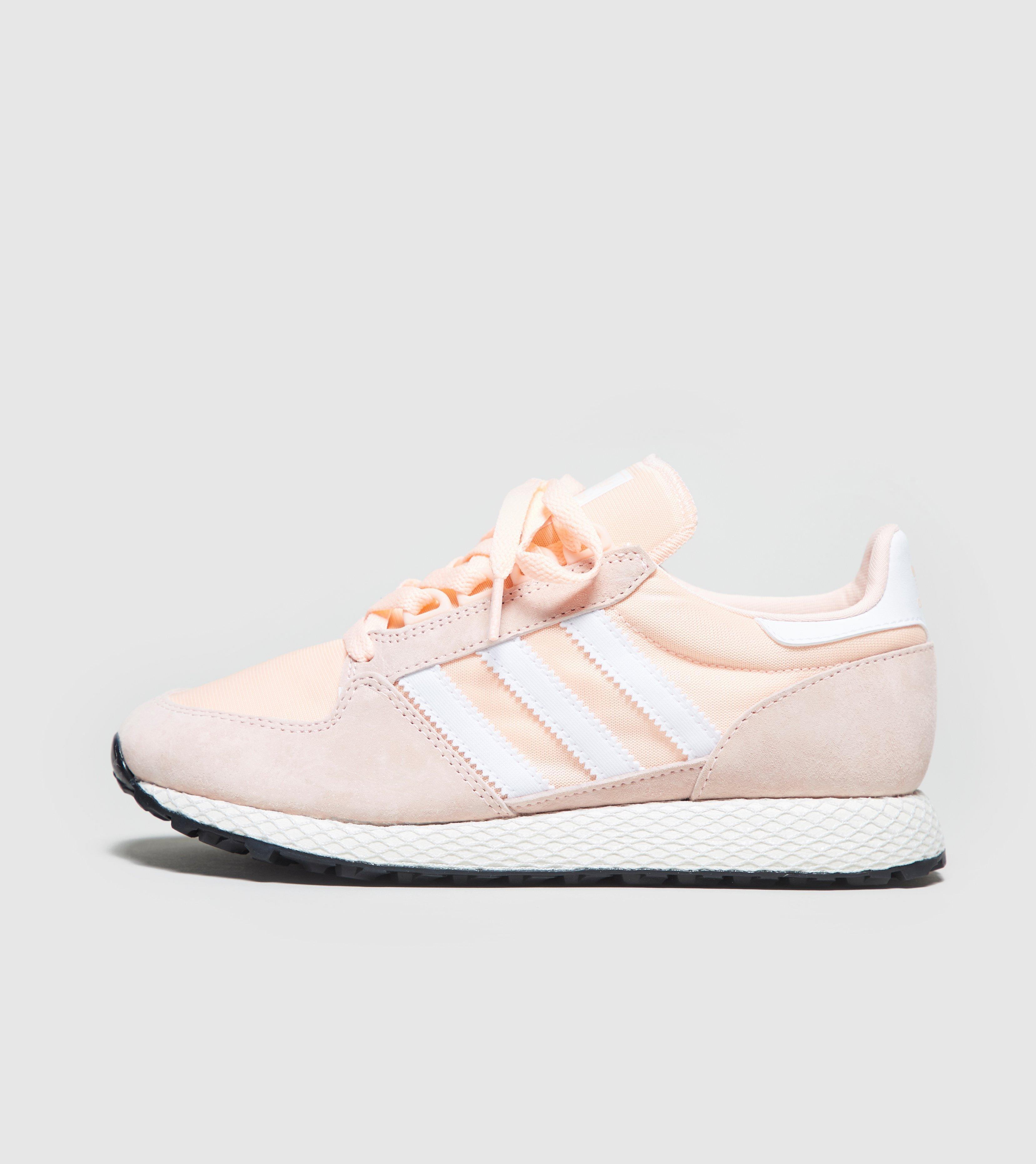 Mujeres Lyst Adidas Forest Grove en rosa salvar 2%