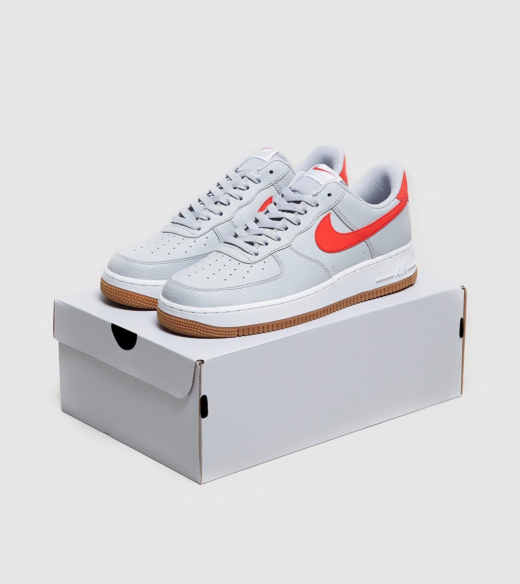 Air Force 1 '07 Nike de Cuero de color Gris