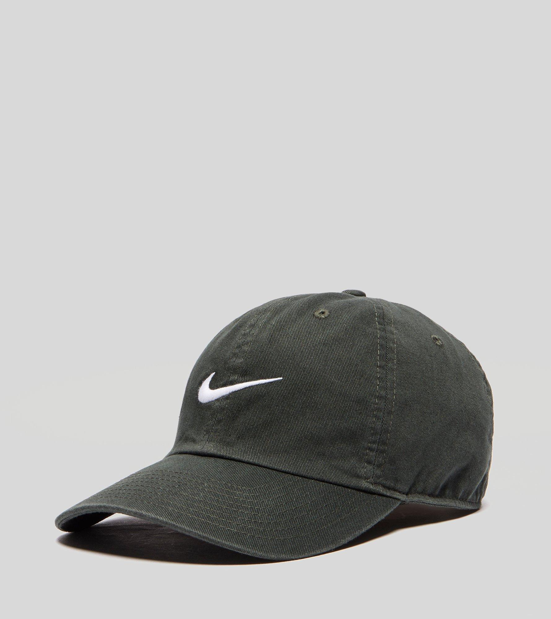 15f6cdaeb Nike Green Heritage 86 Swoosh Cap for men