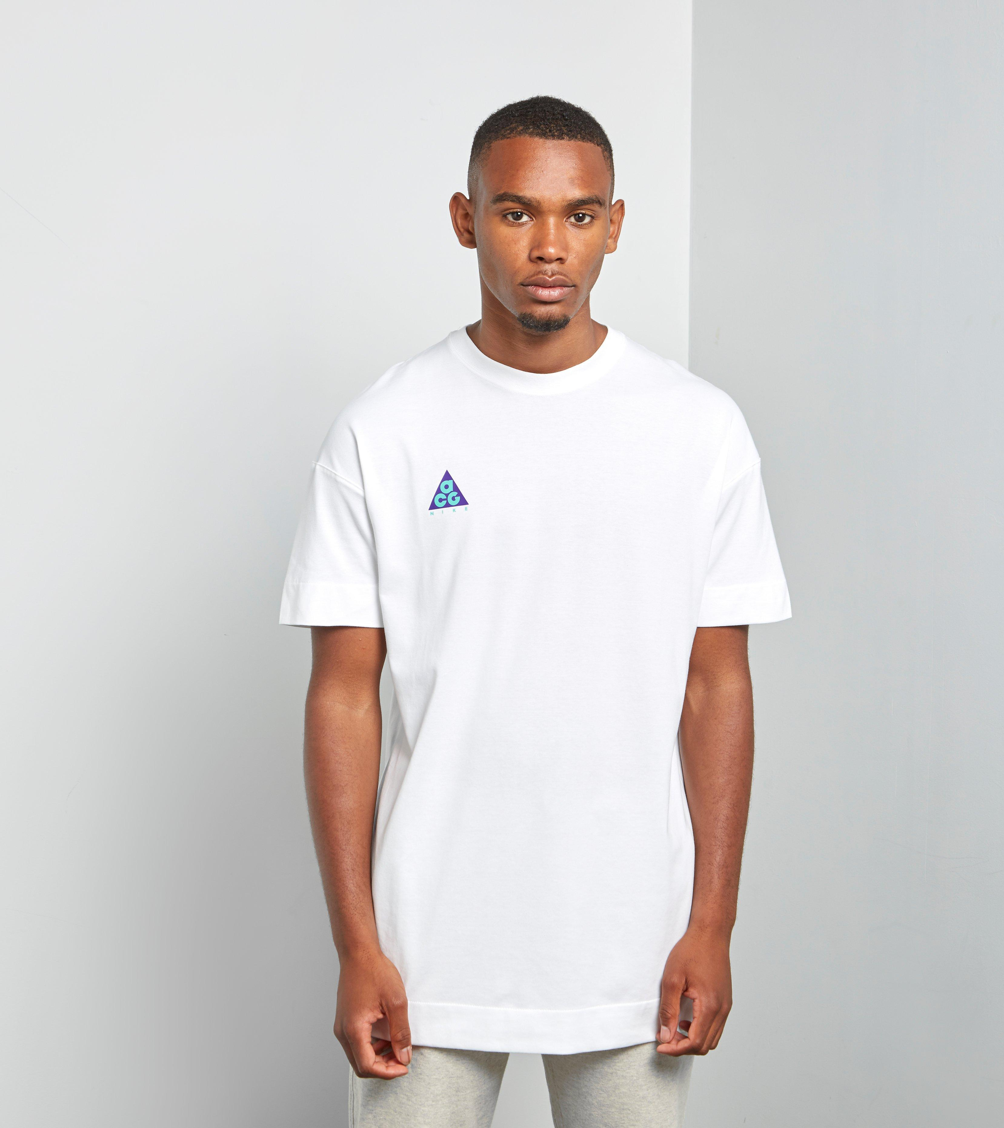 5a4556572ab2 Nike Acg T-shirt Qs in White for Men - Lyst