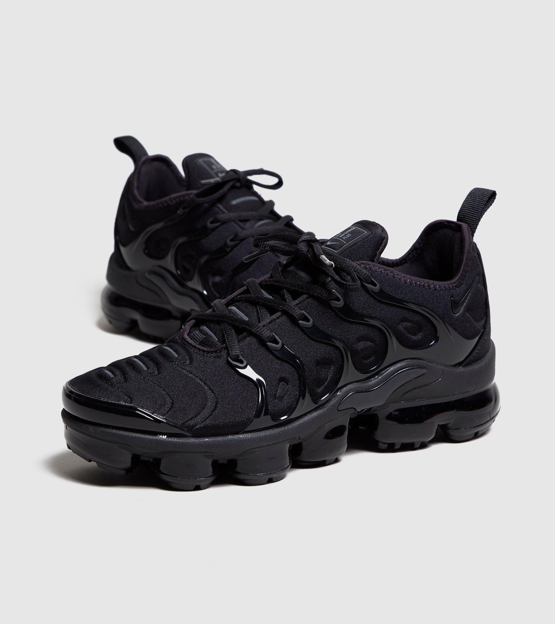 best loved df22a d817d Black Air Vapormax Plus Women's