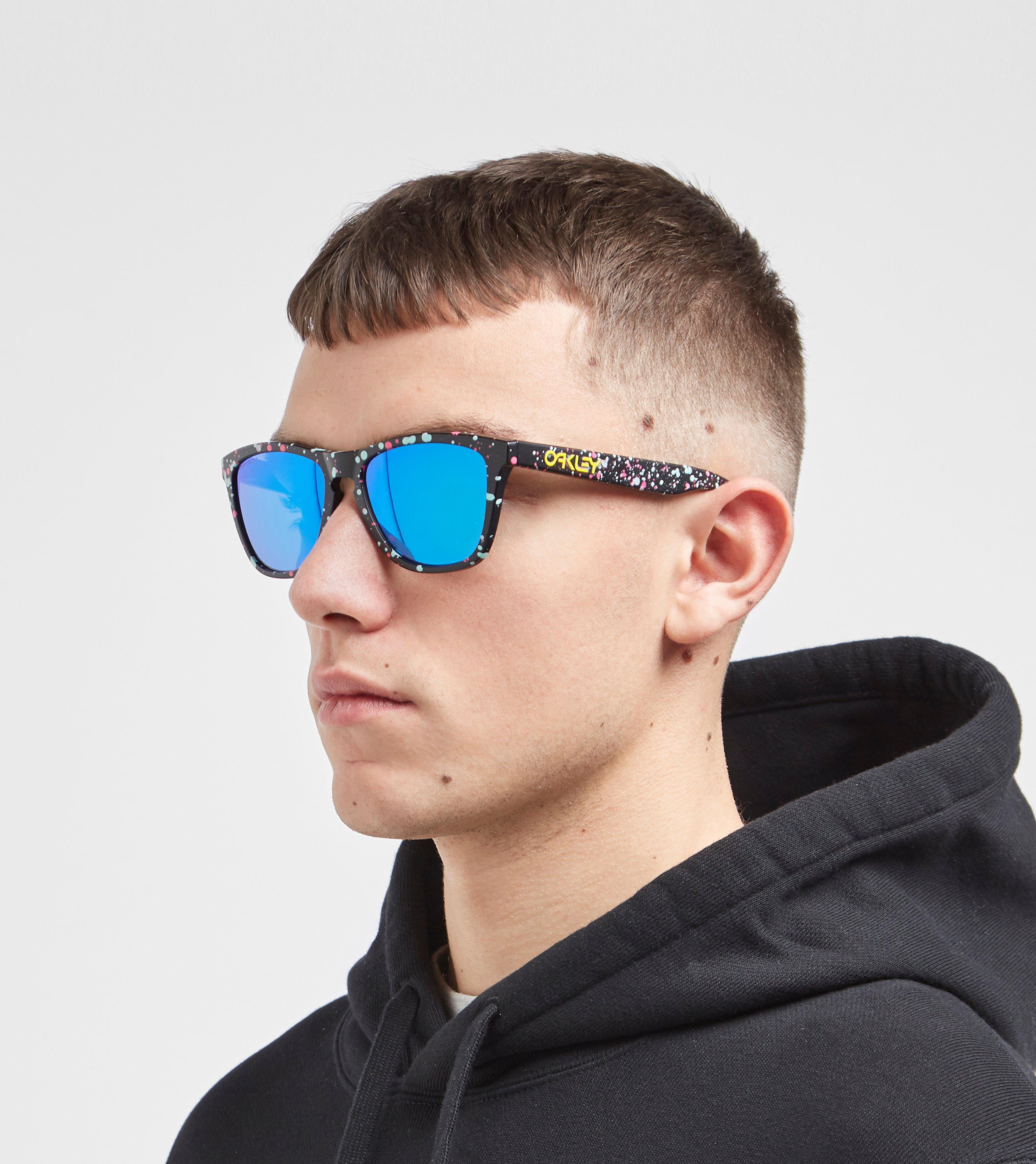 e204ff2af6 Oakley Frogskins Splatterfade Collection Sunglasses in Black for Men ...