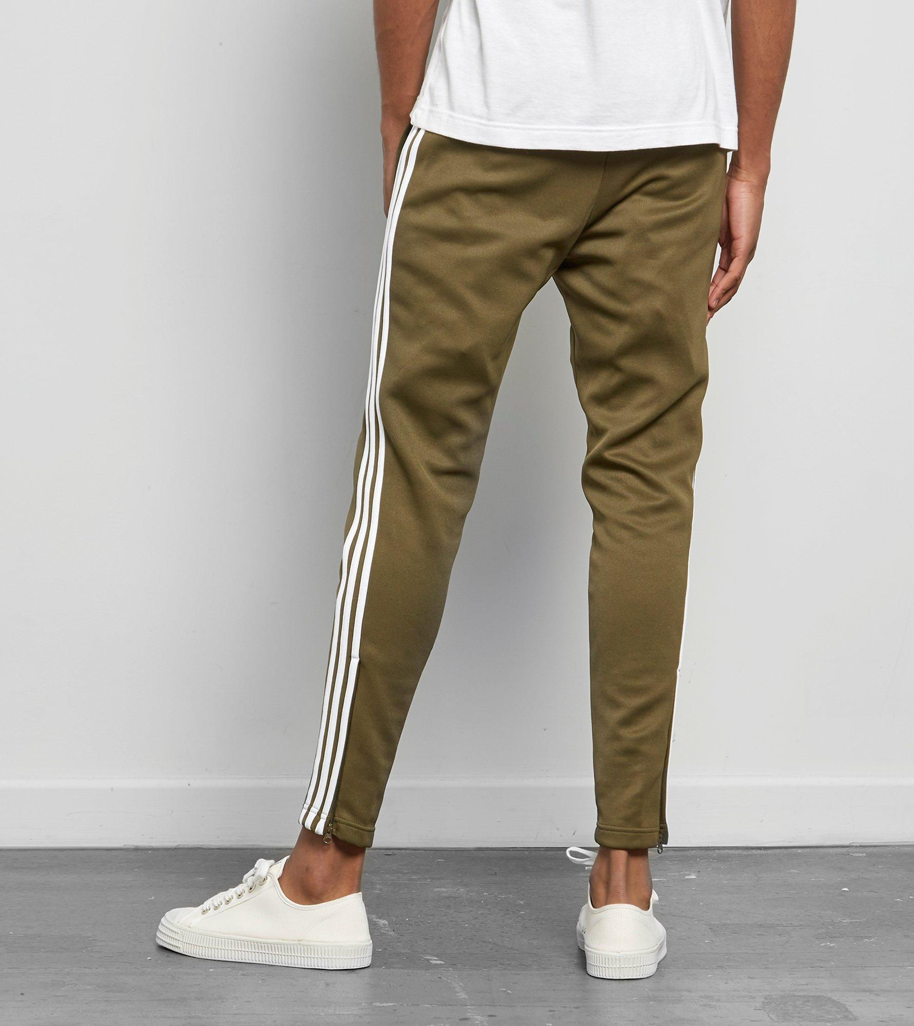 sports shoes 69fe2 bc92a adidas Originals Superstar Taper Track Pant - Size  Exclusive in ...