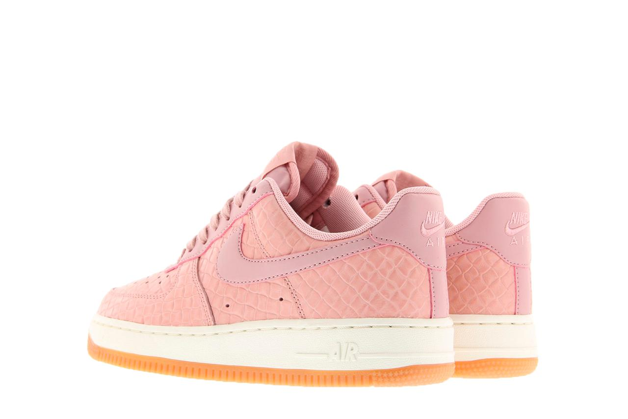Nike Air Force 1 Upstep LX W shoes pink