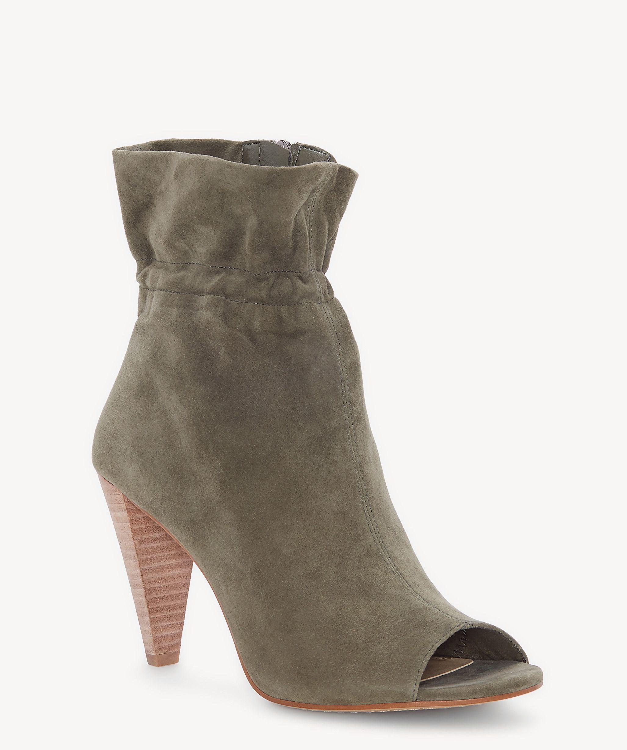d2f37ad432b Women's Gray Addiena Ankle Boot