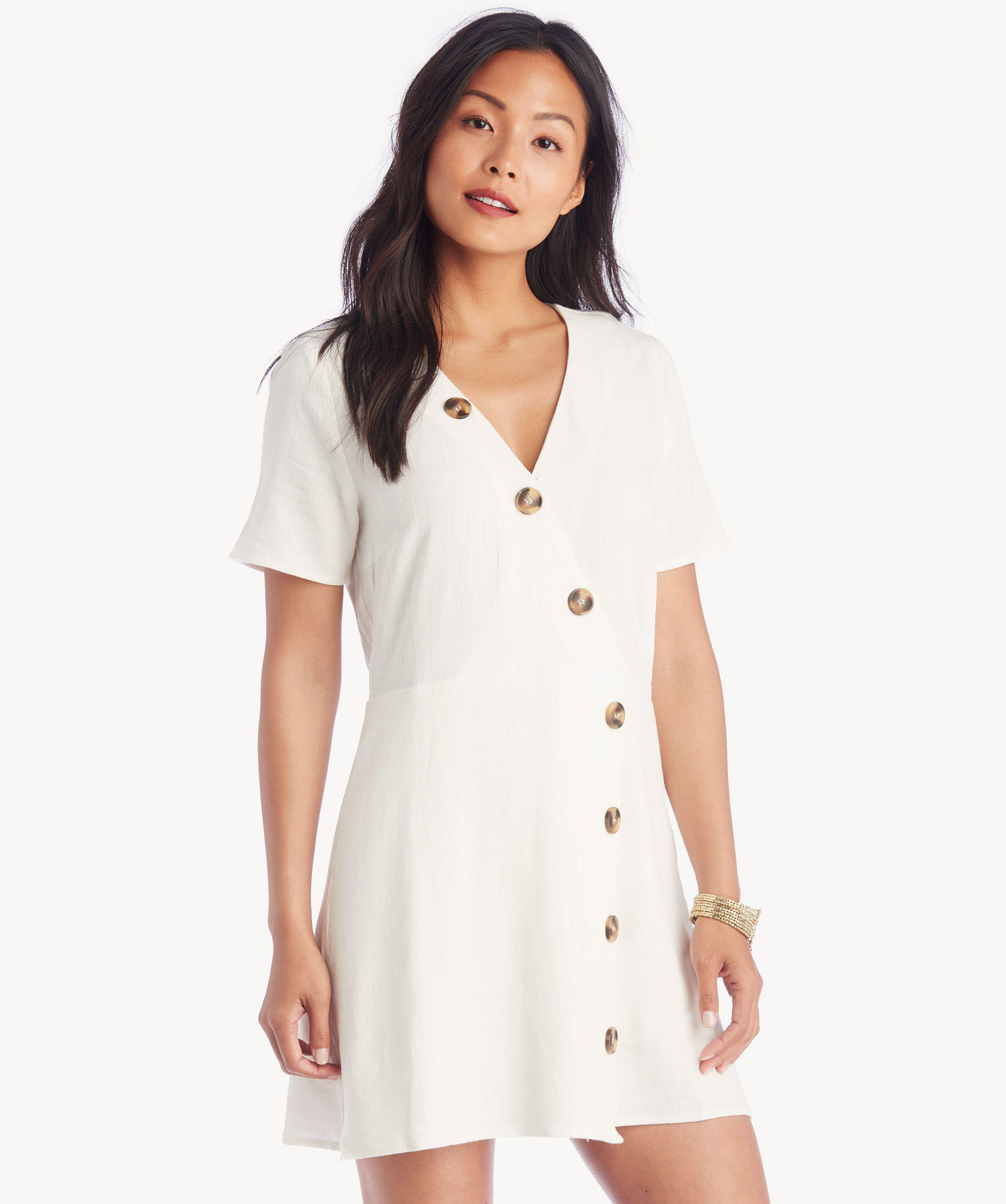 6d5d592c574 Lyst - Moon River Asymmetrical Button Dress in White