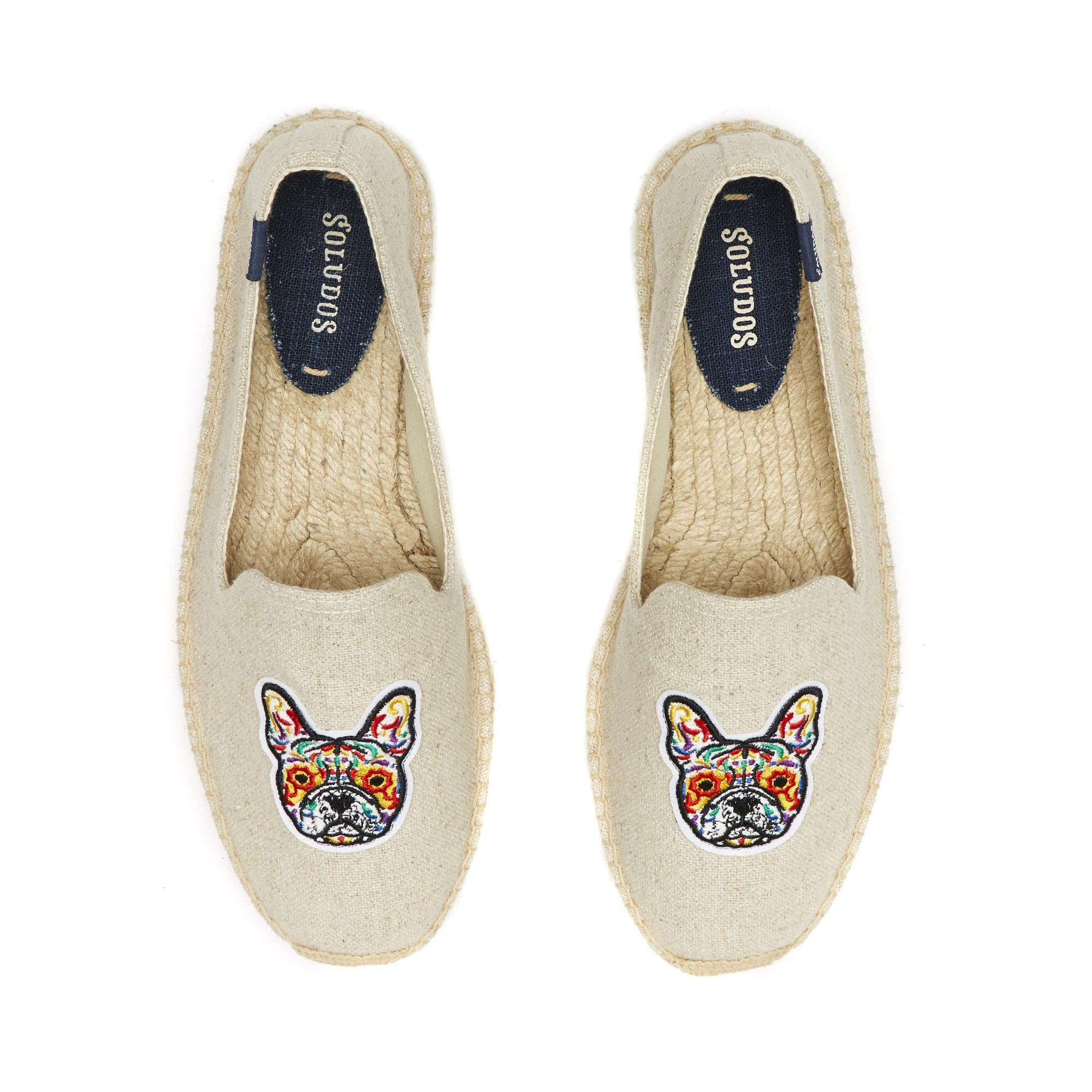 Soludos Mens Frenchie Embroidered Smoking Slipper in Sand (Natural) for Men