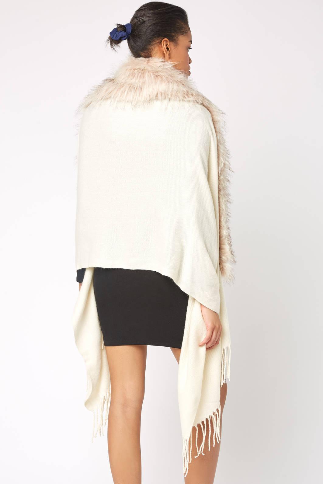 f7f0443736c25e Lyst - South Moon Under Faux Fur Trim Wrap Kimono in White