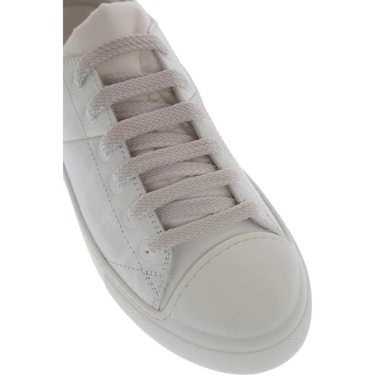 BASKETS FEMME Chaussures Moncler en coloris Blanc LQAf
