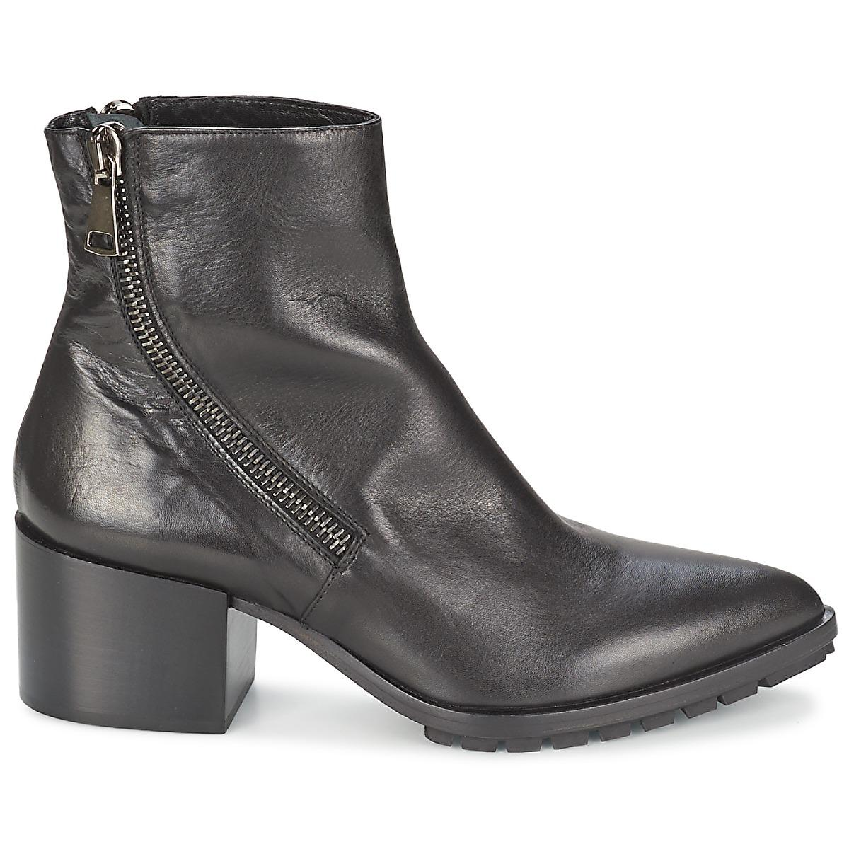 Strategia Leather Lyir Women's Low Ankle Boots In Black - Save 26%