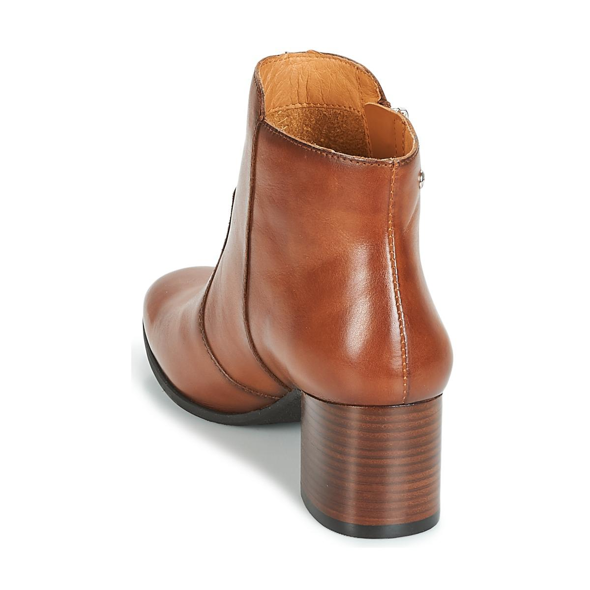 Pikolinos Bayona W8t Low Ankle Boots in Brown
