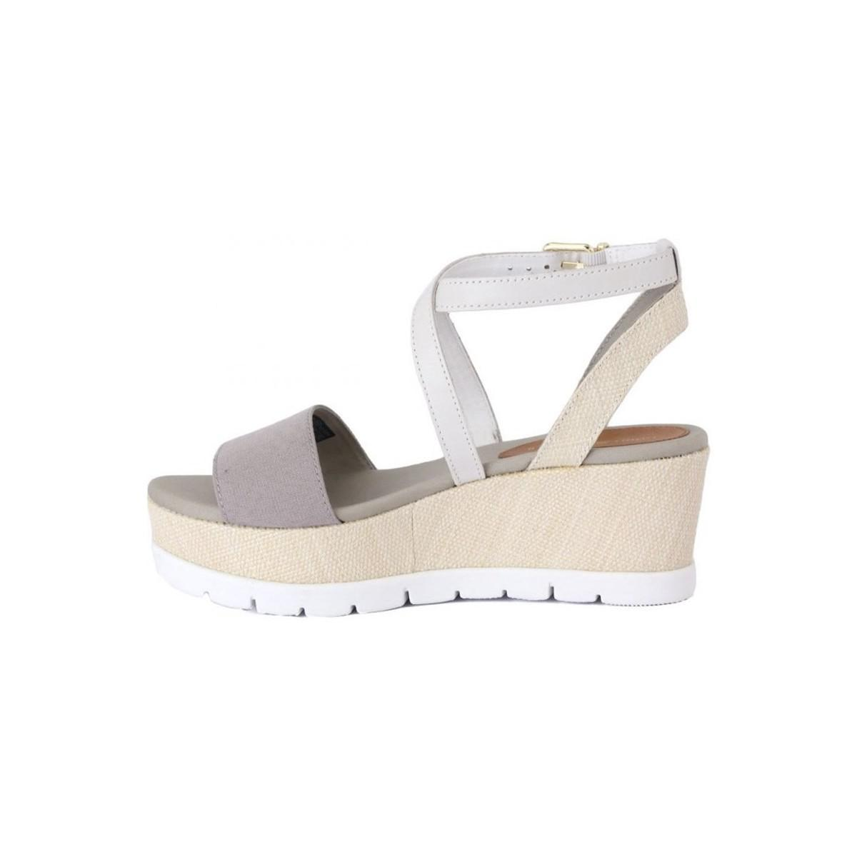 974e043fc5a7 Tommy Hilfiger Venice Silver Women s Sandals In White in White - Lyst