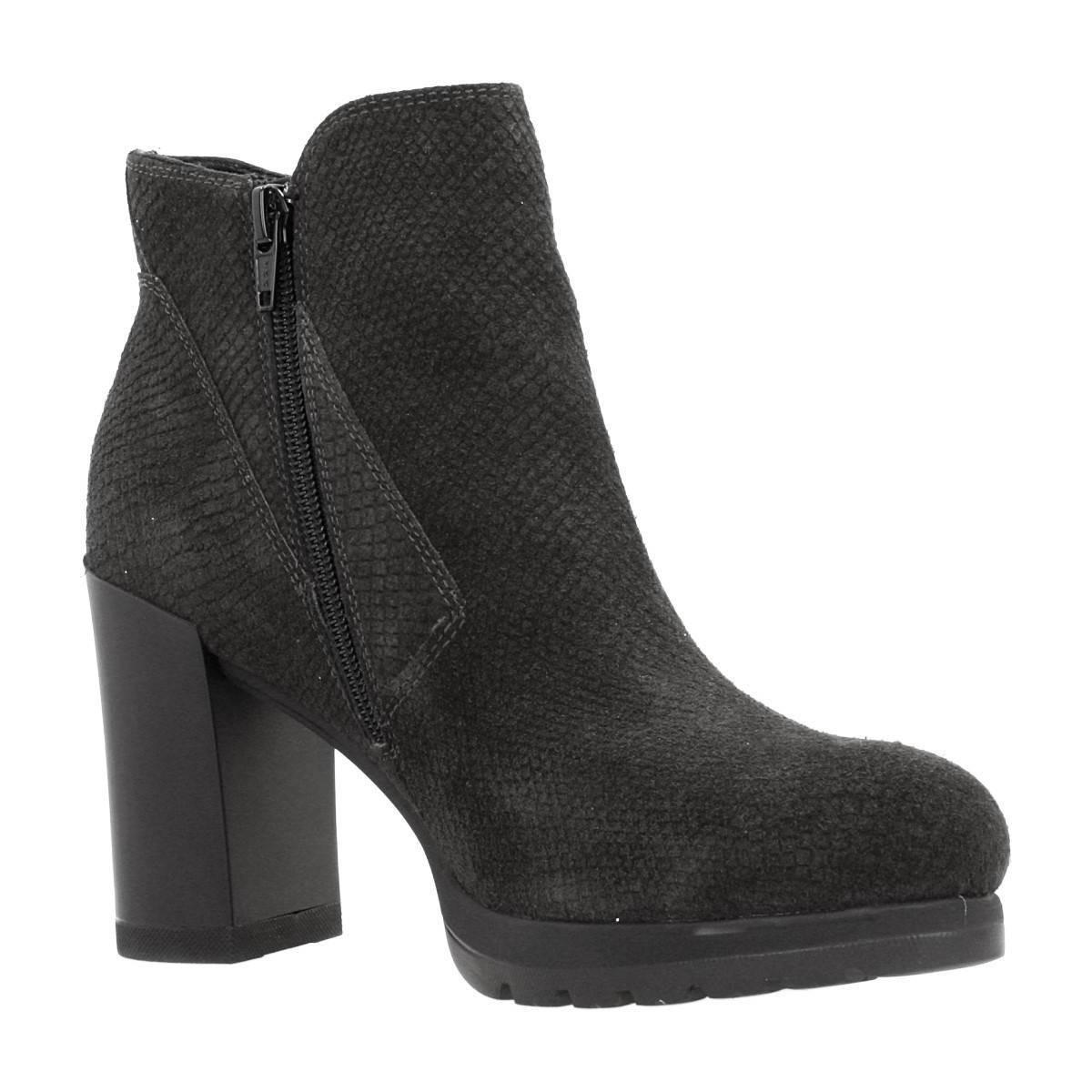Stonefly Over 4 Women's Low Ankle Boots In Grey in Grey