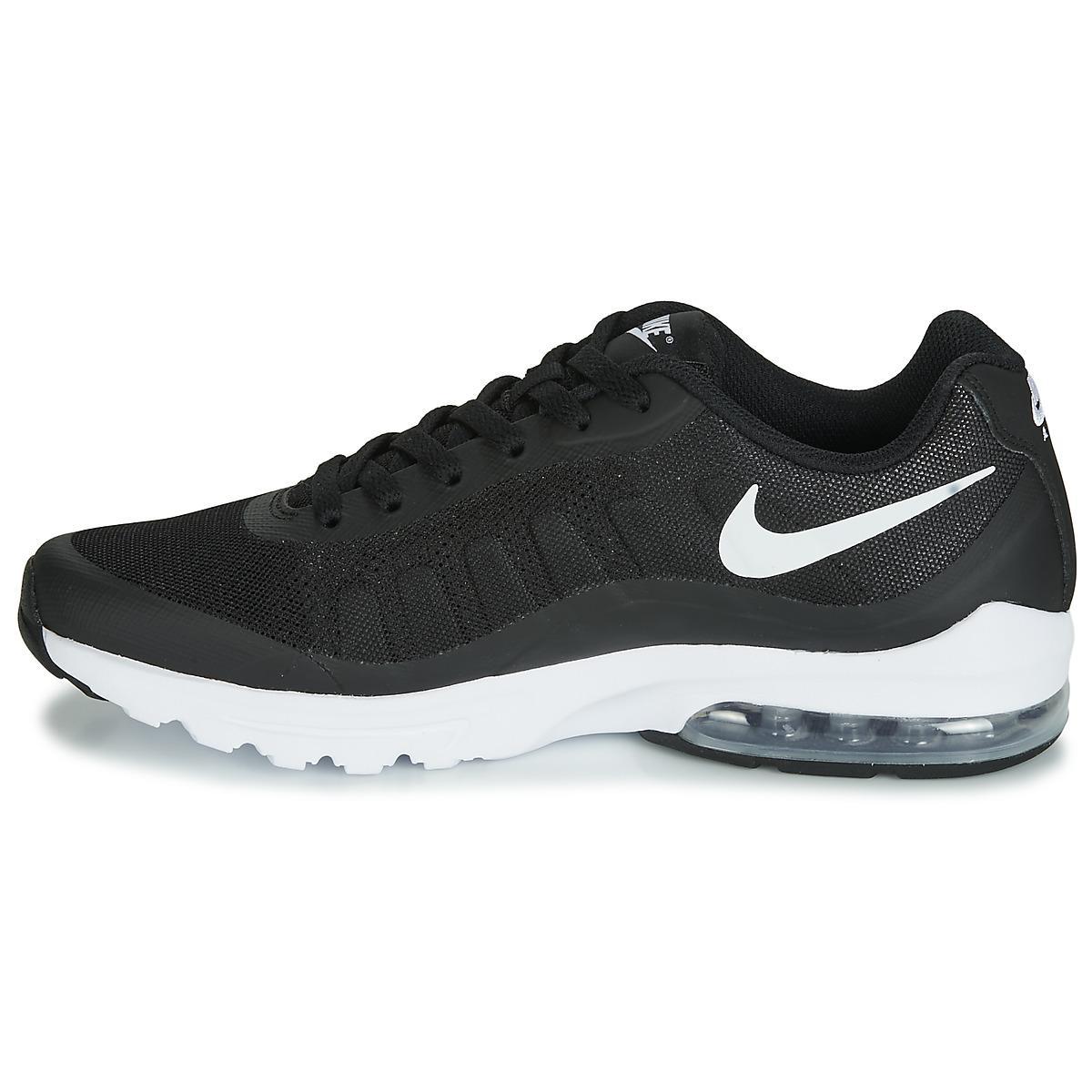 Nike Lage Sneakers Air Max Invigor in het Zwart voor heren