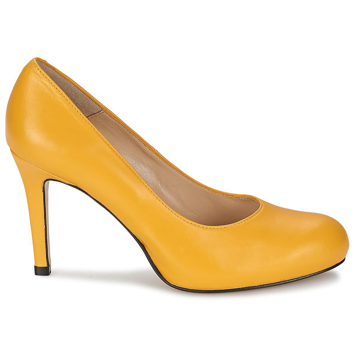 Betty London  Travala Women's Court Shoes In Yellow  Lyst  View Fullscreen