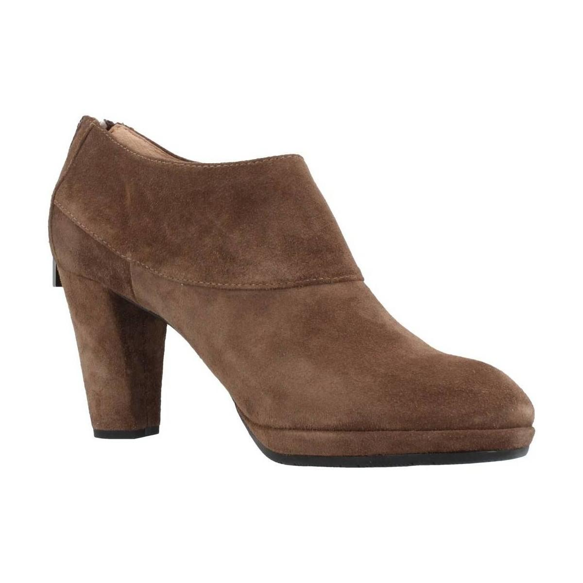 Stonefly Greta 1 Women's Low Ankle Boots In Beige in Natural