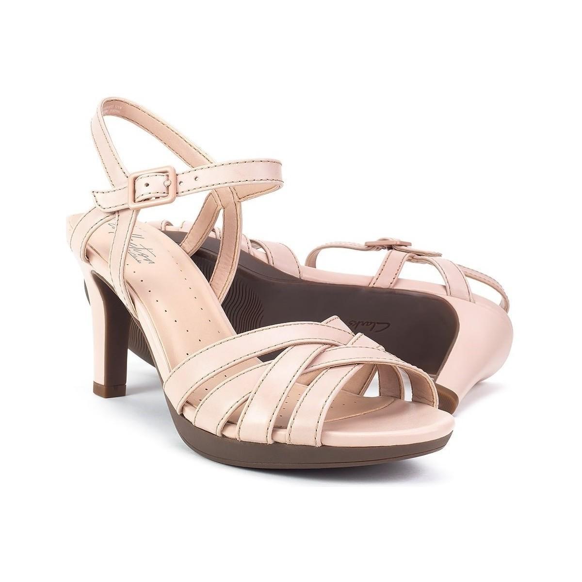 Clarks Adriel Wavy Sandals in Pink - Lyst
