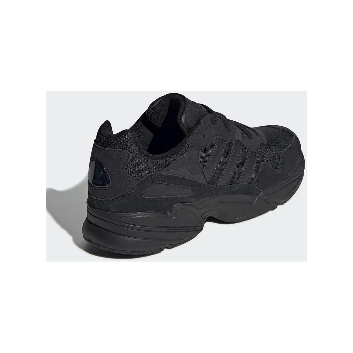 YUNG96 Chaussures adidas pour homme en coloris Noir